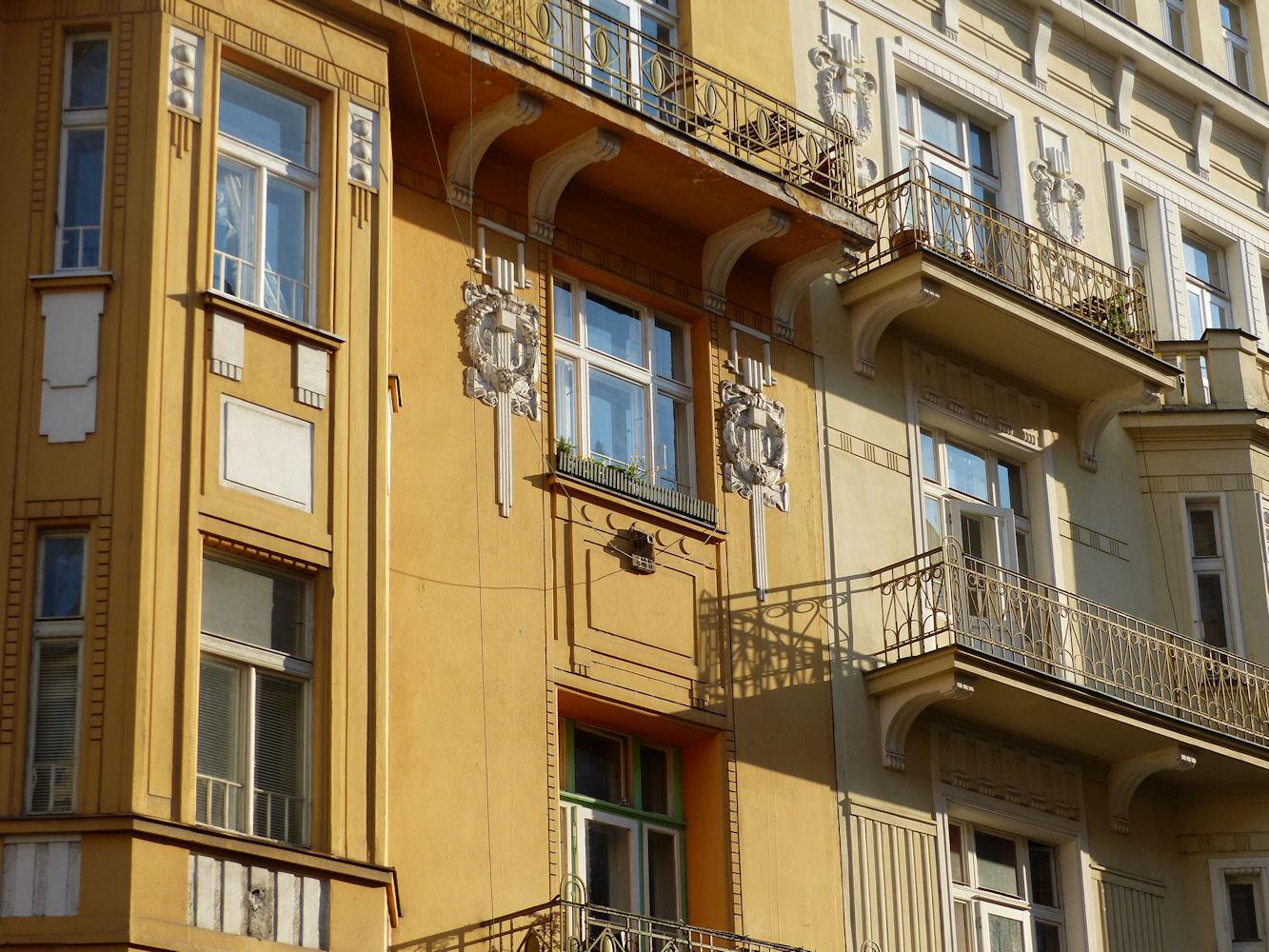 art nouveau apartments, Vinohrady