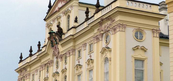 Hradčanské náměstí 56/16: Archbishop's Palace