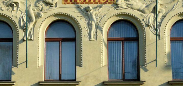 Masarykovo nábřeží 248/16, Hlahol building