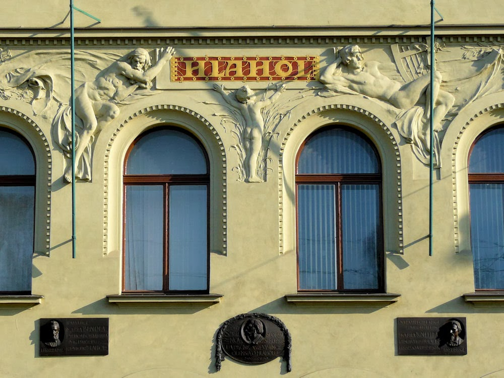 Hlahol building, Prague