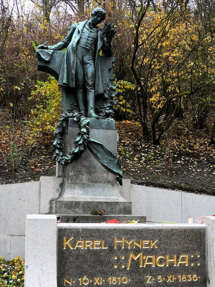 Statue of Karel Hynek Macha