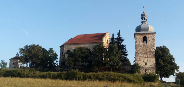 Church of the Holy Trinity, Zahořany u Křešic