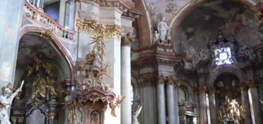 Malostranské náměstí: Cathedral of Saint Nicholas