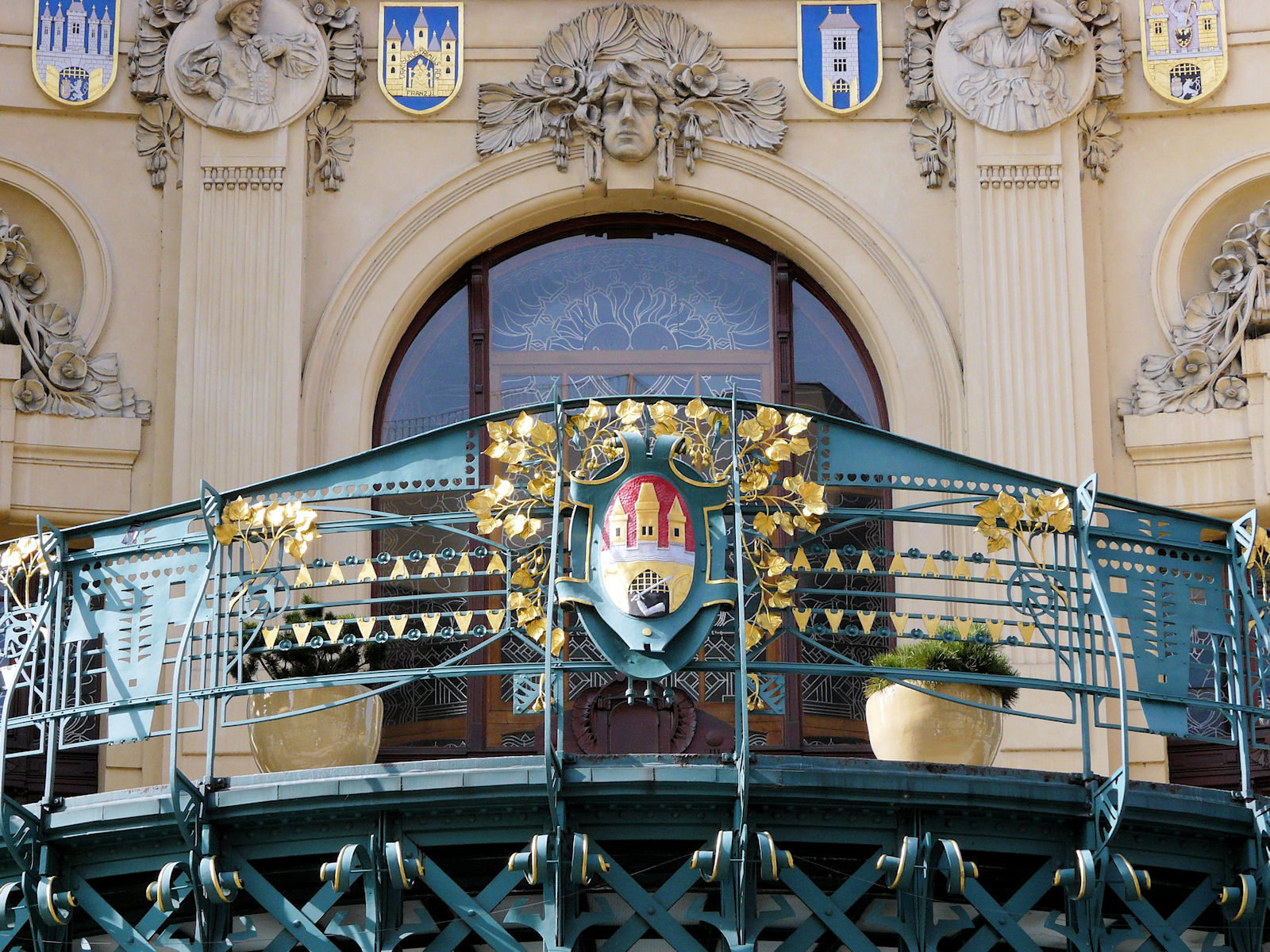 Municipal House, balcony