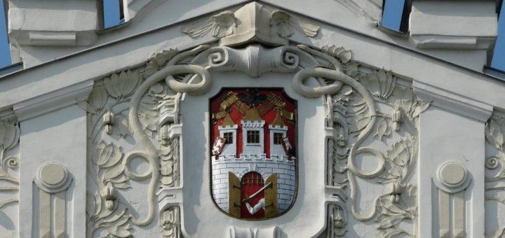 Náměstí 14. r̆íjna 83/15: Smíchov market hall