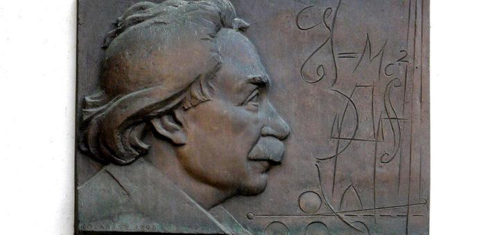Staroměstské náměstí 548/20: Memorial to Einstein