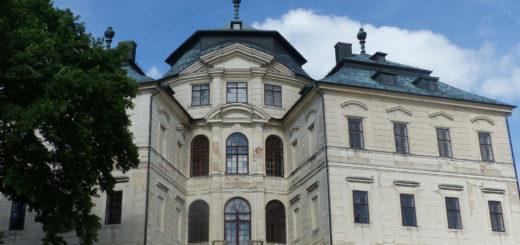 Karlova Koruna chateau, Chlumec