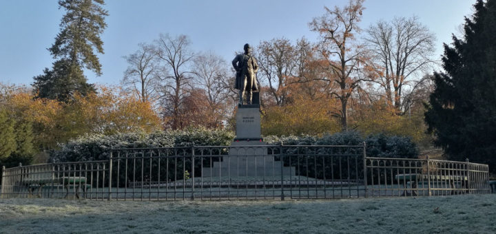 Statue of František Rieger, Riegrovy sady